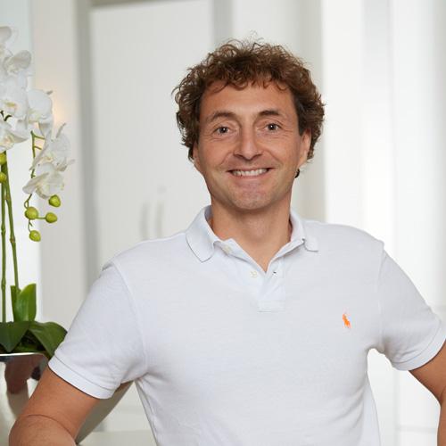 Dr. med. dent. Boris Mundweil in München
